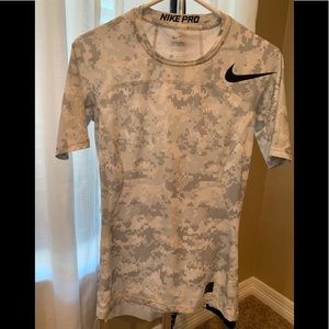 Nike Pro , Mens Size Small Compression shirt